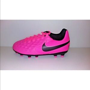 Nike 3.5 Girls Tiempo cleats Pink Worn Once